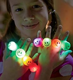 Set Of 8 Smiley Confront Light-up Flashing Rints