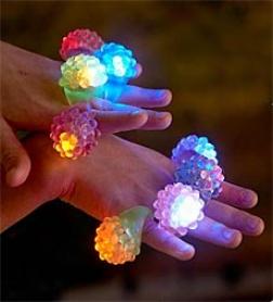 Set Of 8 Underwater Flashing Jelly Finger Rings