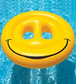 Swimline Smiley Face Inflatable Island Pool Loungerr