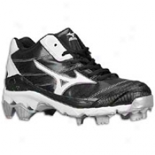 Mizuno 9-spike Finch 5 Mid - Womens - Black/white