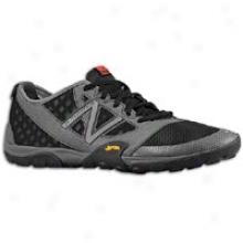 New Balance 20 Minimus Trail - Mens - Grey/black