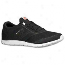 New Balance 735 - Mens - Black