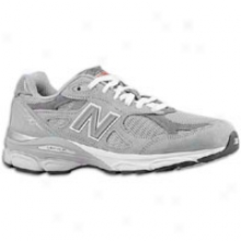 New Balance 990 - Womens - Grey