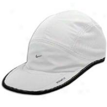Nike Daybreak Cap - Mens - White/black