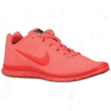 Nike Free Advantage - Womens - Hot Punch/siren Red