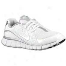 Nike Free Walk + - Womens - White/metallic Silver