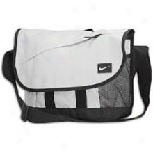 Nike Metropolis Mexsenger Bag - Wolf Grey