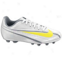 Nike Swift Fg - Big Kids - Metallic Platinum/cool Grey/high Voltage