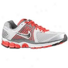 Nike Zoom Vomero+ 6 - Mens - Metallic Silver/black/dark Grey/chilling Red