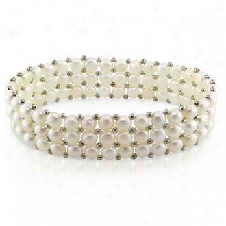 Amour 7in Triple-row 5-5.5mm  Fw  Button Drop Elastic Bracelet W/brass Beads, White