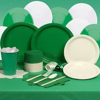 Buyseasons Costumes Kit, Convivial Green And White Deluxe Party 24 Guests