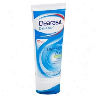 Clearasil Daily Clear Oil-free Daily Face Wash, Sensitive Formula