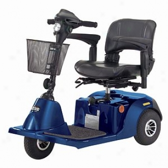 Daytona 3 Gt Medium Sized 3 Wheel Scooter With Comfortable Padded Seat Blue