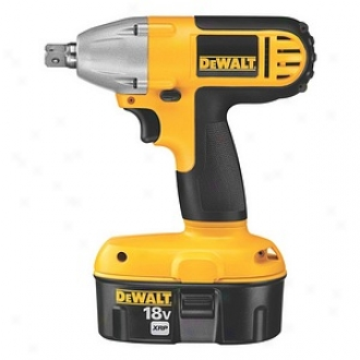 Dewalt 18 Volt 1/2  High Performance Impact Wrench Kit Dc821ka