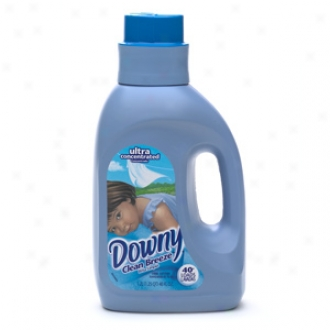 Downy Ultra Concentrated Fabric Softner, Clean Breeze