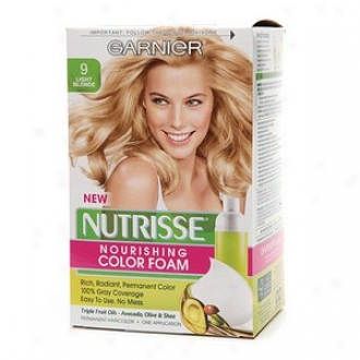 Garnier Nutrisse Nourishing Color Foam Lasting Haircolor, Light Blonde 9