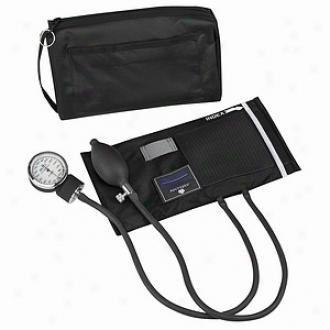 Matchmates Aneroic Sphygmomanometer Kit - Black