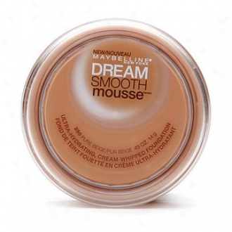 Maybelline Dream Smooth Mousse Ultra Hydrating, Cream Whipped Fondation, Pure Beige 250