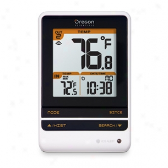 Oregon Scientific Indoor Outdoor Themometer With Atomic Time Model Rmr202a