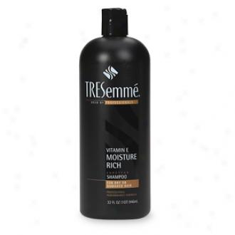 Tresemme Moisture Rich Vitamin E Shampoo For Dry Or Damaged Hair